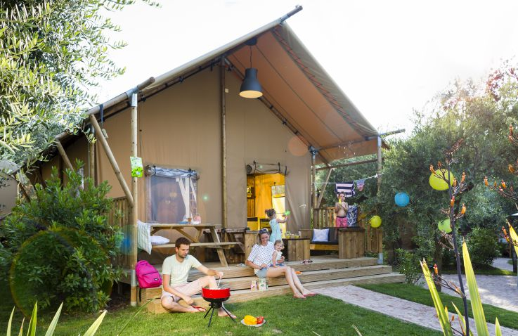 Vacanze col Cuore: Weekend Glamping Resort - Safarizelte Gardasee