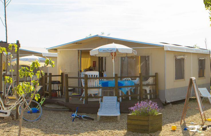 Camping Le Serignan Plage - Lodgezelte in Languedoc-Roussillon
